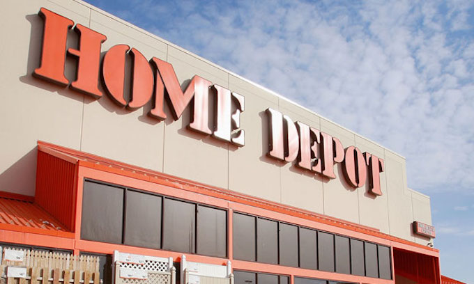 Home Depot co-founder rips anti-Trumpers as communists