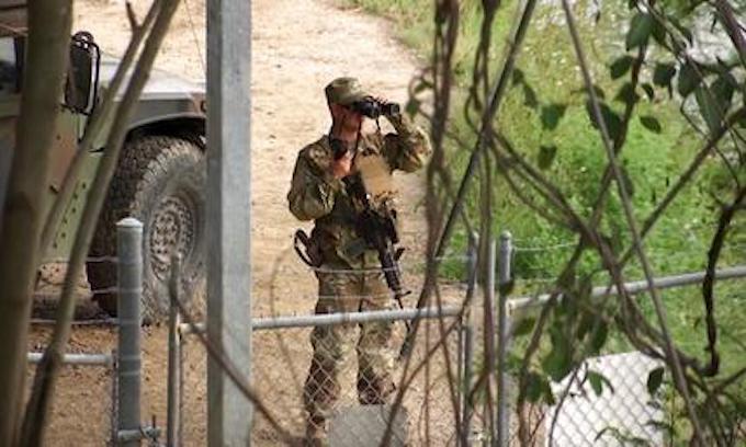 Pentagon to send active-duty troops to U.S.-Mexico border