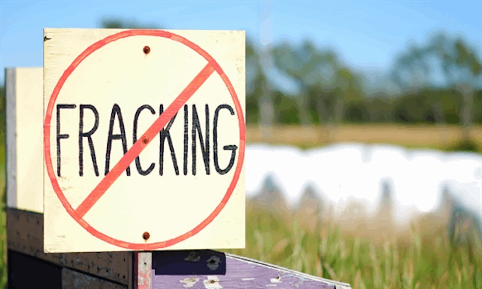 Boulder city council passes emergency extension of ban on fracking despite no applications in last decade