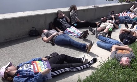 Students, survivors call for gun control with 'die-in' at Mar-a-Lago
