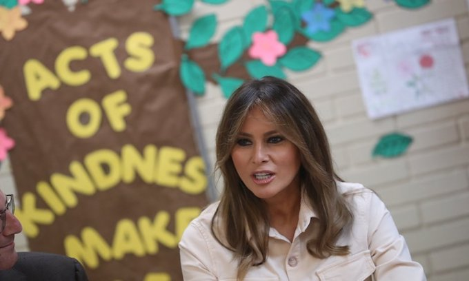 Melania makes surprise visit to Texas to tour border facilities
