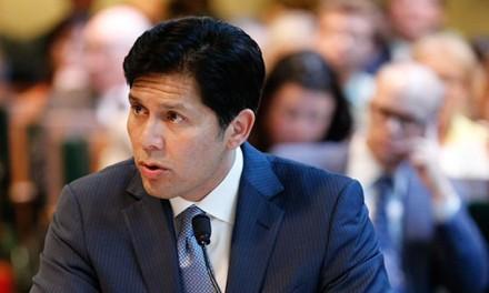 California Dems rebuke Feinstein, endorse radical