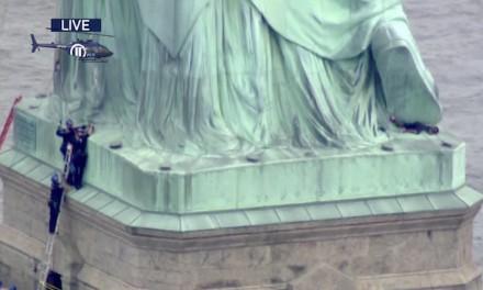 Statue of Liberty climber at 'Abolish ICE' protest forces Liberty Island evacuation