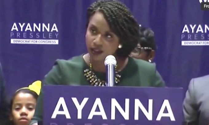 Socialist candidate wins further divide Democrats