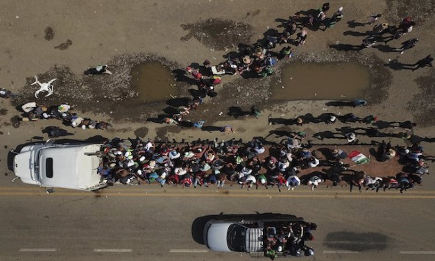 5,200 active-duty troops headed to U.S.-Mexico border