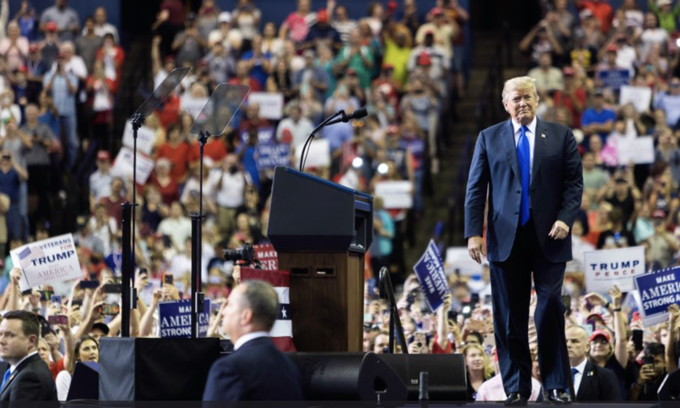 CNN, Jeff Flake Blast Trump for Questioning Ford Testimony at Rally