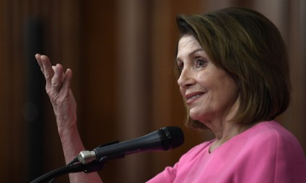 Pelosi warns Democrat president could declare national emergency on guns