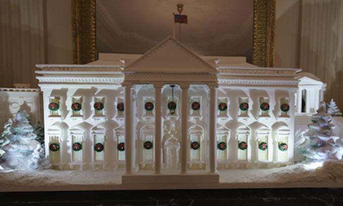 Melania Trump debuts Christmas decor theme — American Treasures