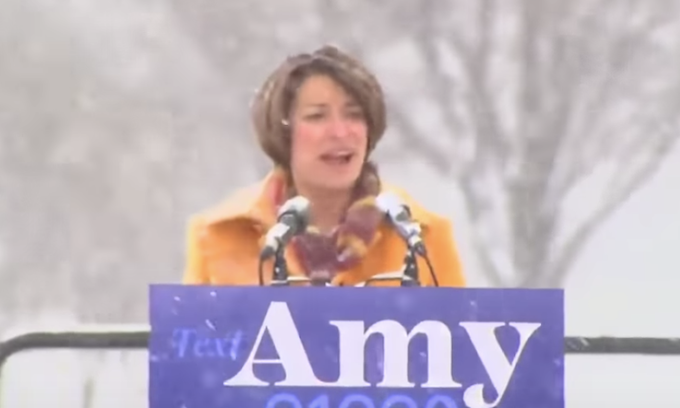 Townhall: Klobuchar claims Planned Parenthood offers mammograms