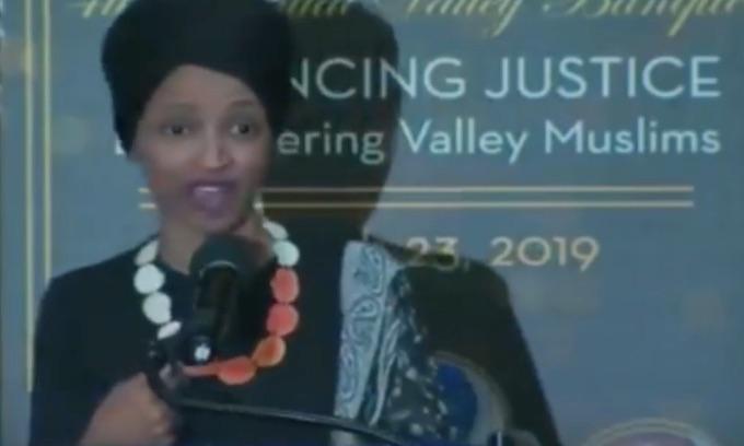 Nancy Pelosi denies Ilhan Omar is anti-Semitic
