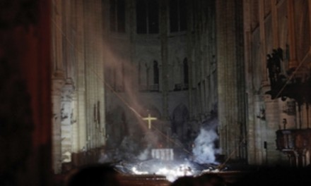 Prayers, hymns shared in aftermath of Notre Dame fire