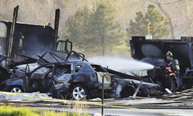 4 confirmed dead in fiery 28-vehicle crash in Colorado, semi-driver charged