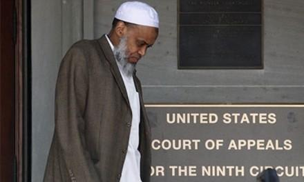 U.S. revokes citizenship of Portland mosque's imam