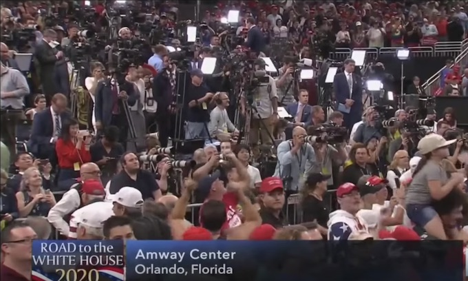 Six minutes … CNN cuts out of Orlando rally after Trump gets crowd chanting 'CNN Sucks!'