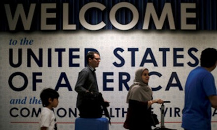 All US visa applicants now required to provide social media, email info