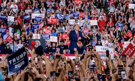 Trump blasts Elizabeth Warren, Joe Biden at New Hampshire rally