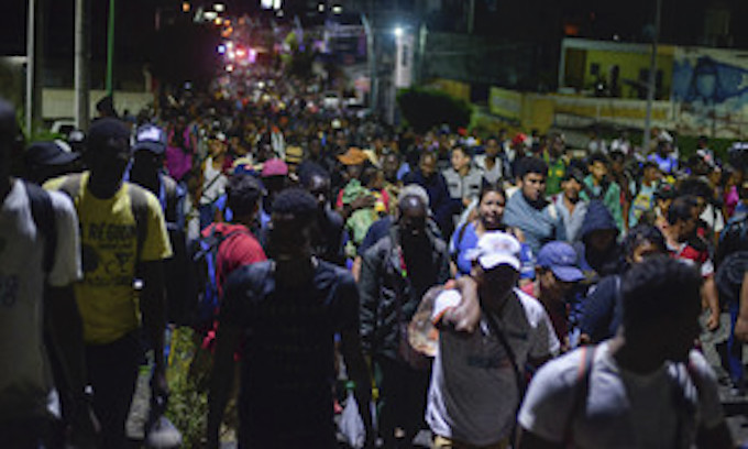 Large caravan of Africans and Central Americans detained in southern Mexico