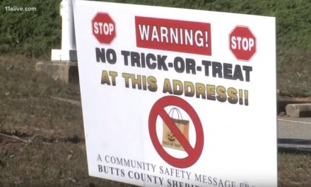 Sex Offenders Win: No signs in their yards for Halloween