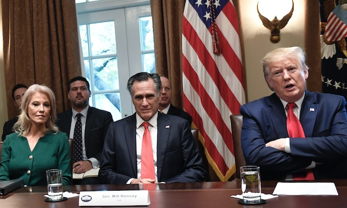 Trump has lunch with Romney, Collins, other GOP senators amid impeachment probe
