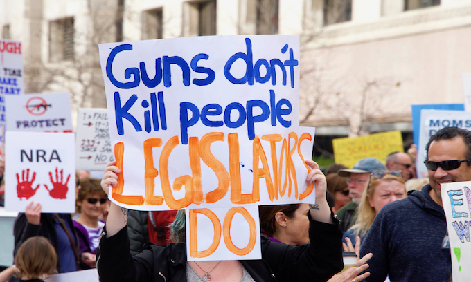 Democrats set to use gun control mandate in Virginia