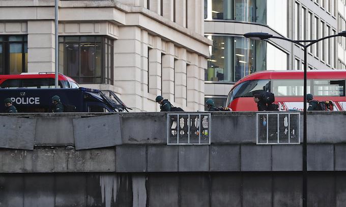 Police shoot man on London Bridge after stabbings