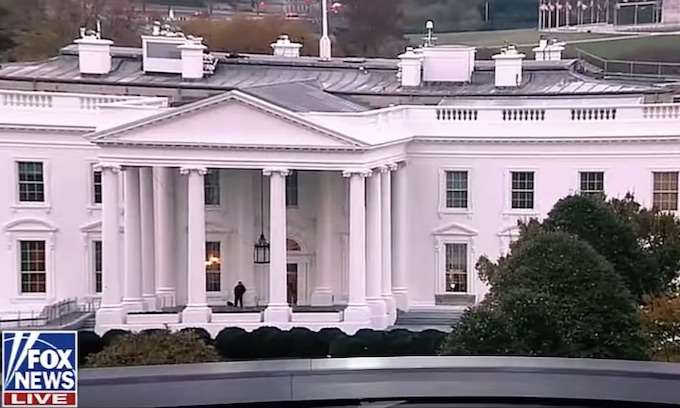 Man arrested outside White House for threatening to assassinate Trump