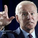 Joe Biden had a  strange holiday: First the 'Palmists', then the dog