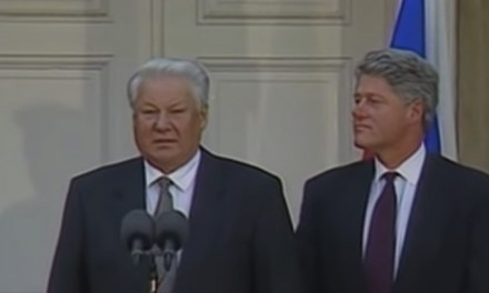Bill Clinton-Boris Yeltsin 'Chicken Summit' exposes Democrats' impeachment double standard