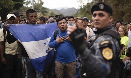 Guatemala sweeps up migrant group on way to US, returns them to border