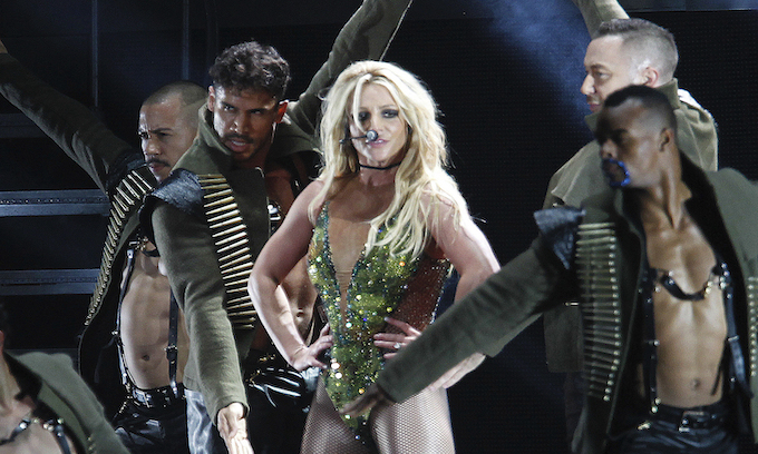 Comrade Britney Spears calls for Americans to 'redistribute wealth, strike' during coronavirus