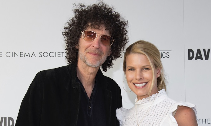 Howard Stern encourages Trump supporters to get together and drink disinfectants