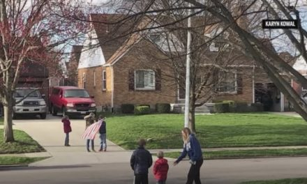 Pledge brings Ohio neighborhood together — at a distance