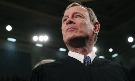 Roberts sides with liberals as Supreme Court strikes down Louisiana abortion law