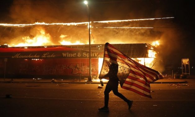In 2nd night of rioting Minneapolis police precinct abandoned, torched, businesses burned