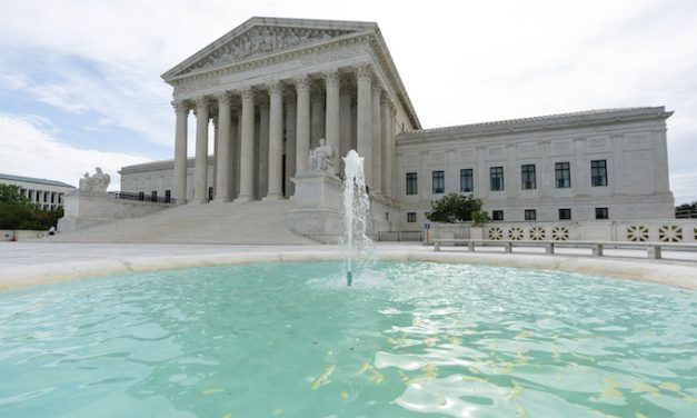 Supreme Court rules against Cuomo's religious service restrictions 5-4; Roberts votes with liberals