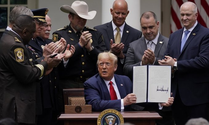 President Trump signs better-policing executive order
