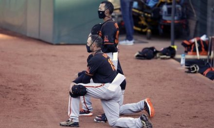 National anthem protest: Gabe Kapler, Mike Yastrzemski among San Francisco Giants taking a knee