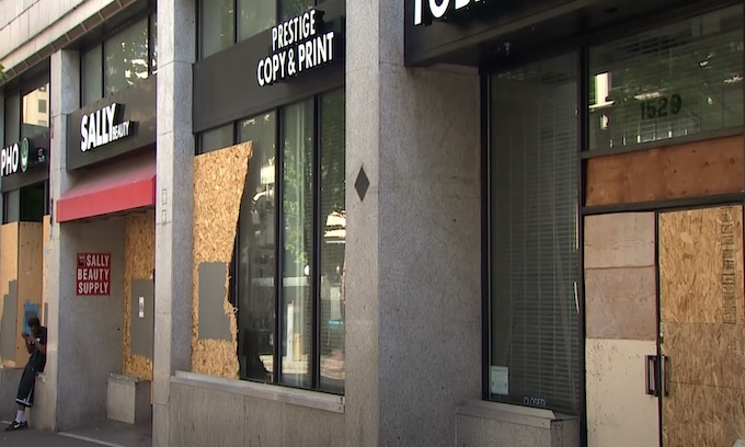 Rioters vandalize, loot downtown Seattle and Capitol Hill; police report arrests