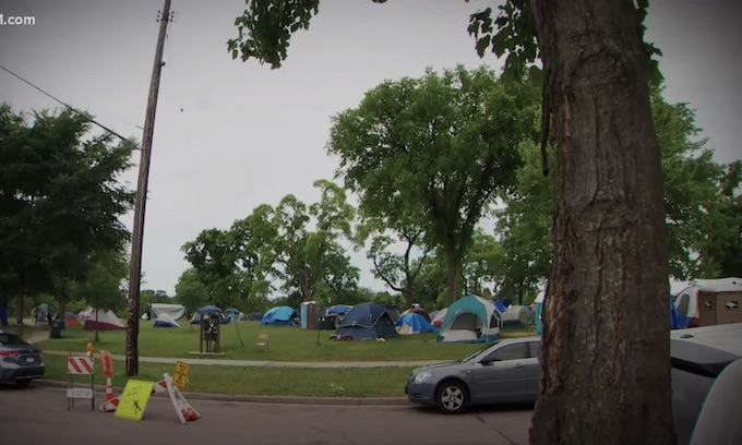 Democrat Minneapolis: 'Free to be who we are' say 800 homeless people in city park