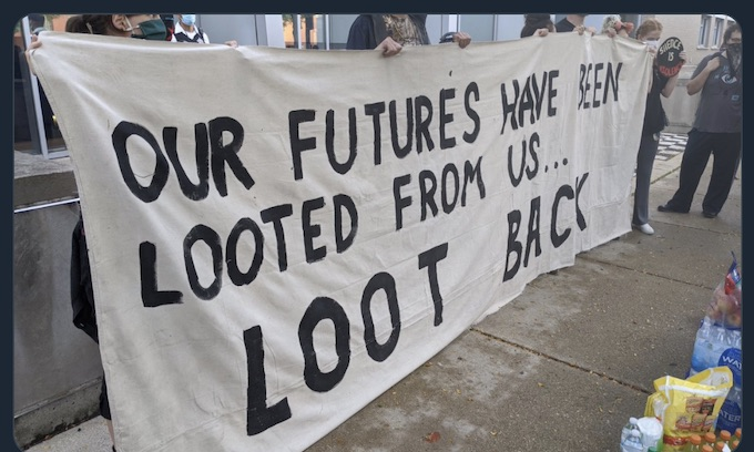 Black Lives Matter Holds Rally Supporting Chicago Looters: 'That is reparations'