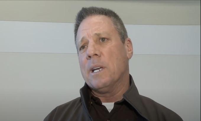 Indiana sheriff shifts to GOP, rips Democrats