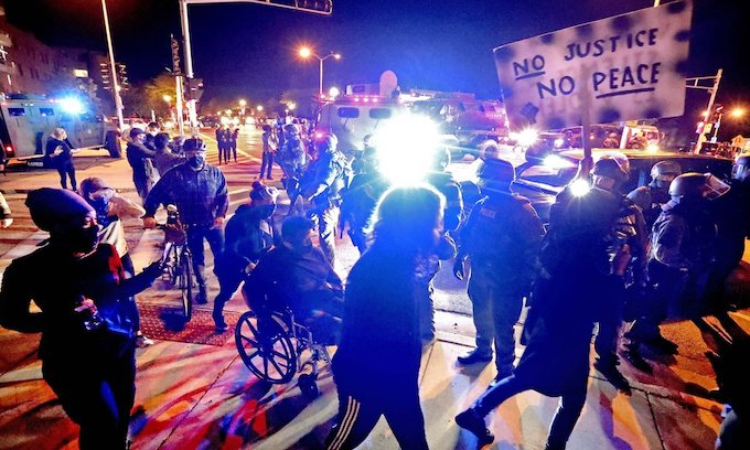 'Protesters' riot and loot in Wauwatosa, WI after black officer cleared in shooting of black male