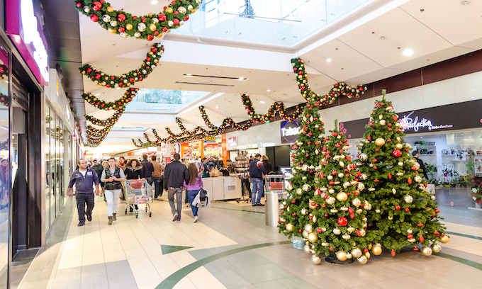 Workers call for hazard pay, sick days ahead of Christmas shopping season