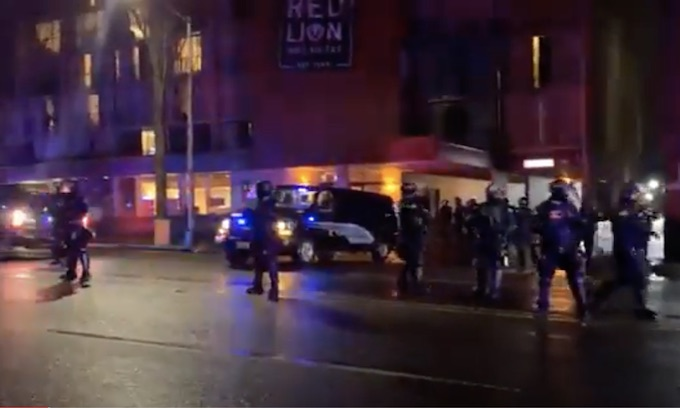 Antifa: Homeless Activist Group Occupies Downtown Olympia Hotel, Chants 'Choke And Die' To Police