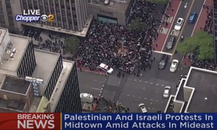 Pro-Palestinian protest at NY Israeli consulate sparks clashes