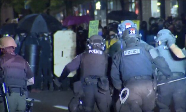 Officers vote to disband Portland Police Rapid Response Team