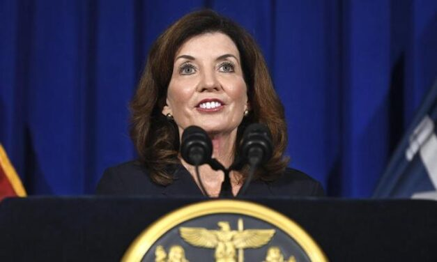 NY Gov. orders unvaccinated health workers out to be replaced with National Guard